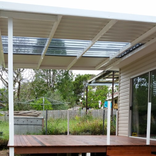 Mixed Colorbond Polycarbonate Pergola